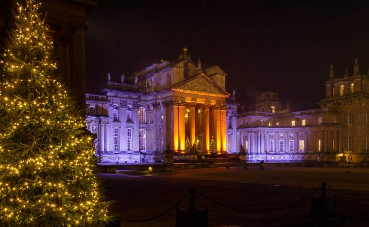 Blenheim Palace Christmas Lights Courtyard
