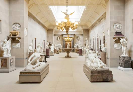 Chatsworth-Sculpture-gallery-David-Vintiner