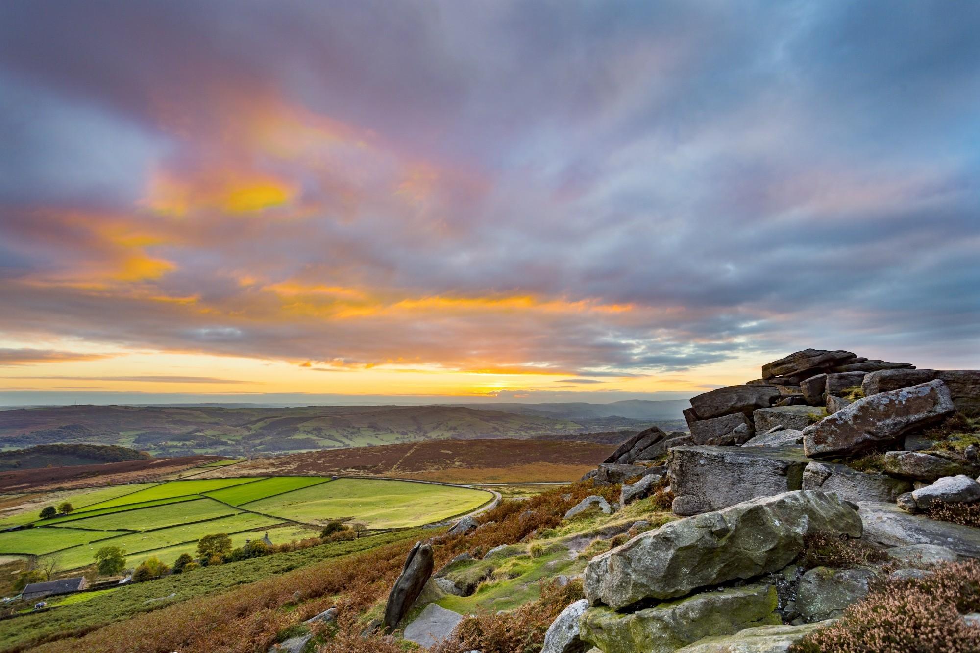 Peak-District-National-Park-Derbyshire-England-UK