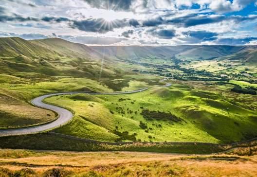 Scenic-Serpentine-Road-in-Peak-District-UK