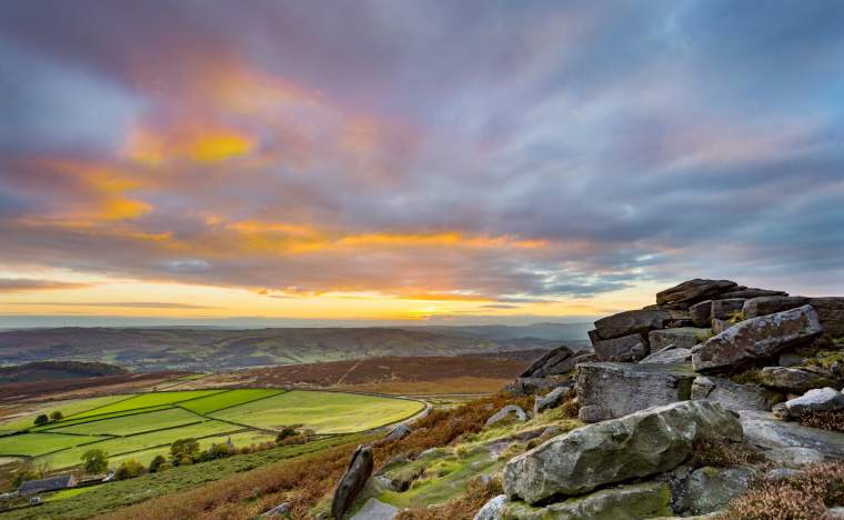 Peak-District-National-Park-Derbyshire-England-UK
