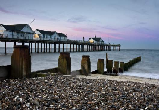Sunrise-at-Southwold-Pier-Suffolk-England