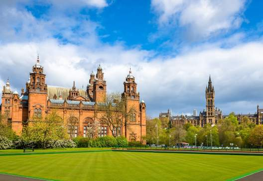 Kelvingrove-Museum-and-Glasgow-University