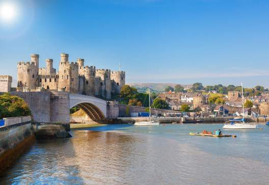Famous-Conwy-Castle-in-Wales-United-Kingdom-series-of-Walesh-castles-2