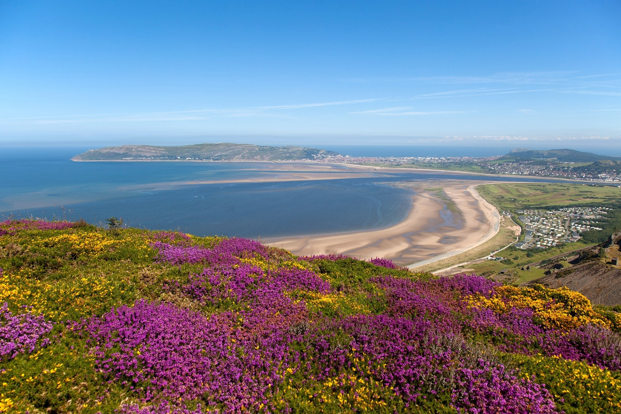 Views-from-Conwy-Mountain-towards-Llandudno-and-the-North-Wales-Coast-UK-with-sea